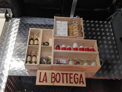 Eggs-Roma-Trastevere-pop food-uova-cucinare con le uova-ristorante a trastevere- street food a Trastevere