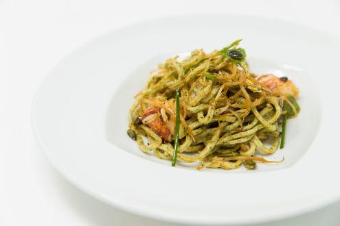 Insalata di spaghetti–astice e verdure