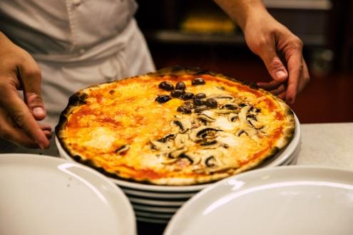 la pizza romana